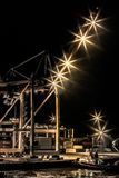 Natt i port arkivbild
