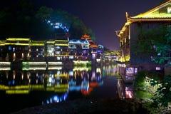 Natt i townen Fenghuang Royaltyfria Foton