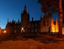 Natt Morgan Academy i Dundee Arkivbild