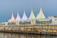 Natt- och dagVancouver viktig av staden och hamnen royaltyfri fotografi
