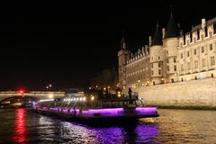 natt paris Royaltyfri Foto