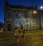 natt porto portugal Royaltyfri Bild