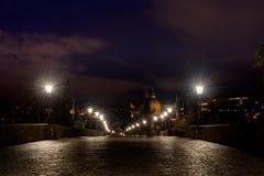 natt prague Arkivbild