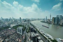 natt shanghai för broporslinnanpu Arkivbilder