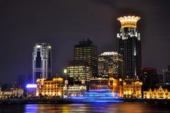 natt shanghai för byggnadsbundaffär Arkivbild