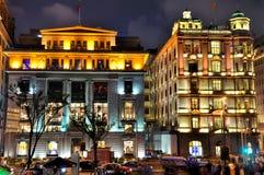 natt shanghai för lighting för byggnadsbundporslin Royaltyfri Foto