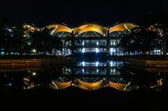Natt som skjutas av flygplatsen Arkivbild