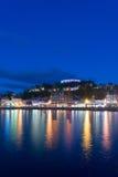 Nattbelysningen av Oban, högland, Skottland Royaltyfri Bild