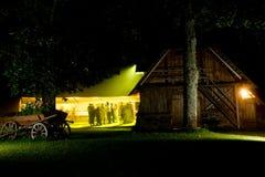 nattdeltagarebröllop fotografering för bildbyråer