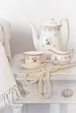 Nattduksbord för te Arkivfoton