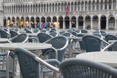 Natte stoelen op San Marco Stock Afbeelding