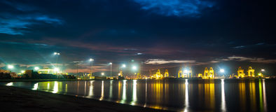 Natten beskådar på port Royaltyfria Foton