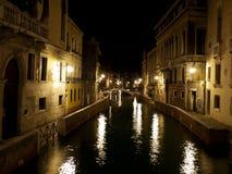 Natten fotograferar av Venedig, Italien Fotografering för Bildbyråer
