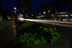 Nattetidtrafik i Battle Creek Michigan Royaltyfri Bild
