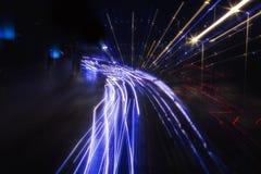 Nattetidtrafikljus, abstrakt begrepp Arkivbild