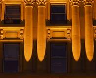 Nattfoto av Alberta Legislative Building Arkivfoton