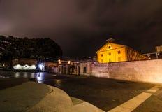 Nattfotografi av Hyde Park Barracks Museum är det tidigare fängelset som ger en skymt in i liven av straffångar arkivbild