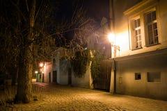 Nattgator av Prague Royaltyfri Fotografi