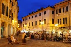 Nattgator i gammal stad av Sarzan Royaltyfria Bilder