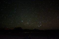 Natthimmel över den Atacama öknen Arkivbilder