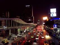 Natthorisont av Bangkok royaltyfria foton