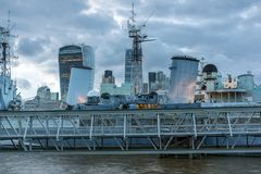 Natthorisont av London, England, Förenade kungariket Arkivbilder
