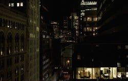 Nattkontor fotografering för bildbyråer
