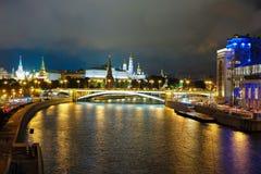 Nattlandskap med bilden av Moskowen Royaltyfri Fotografi