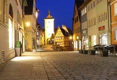 Nattljus av den gamla staden Arkivbild