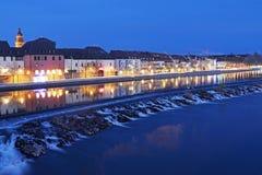 Nattljus av den gamla staden Royaltyfri Fotografi