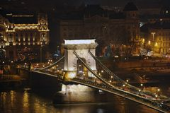 Nattljus i Budapest Royaltyfri Bild