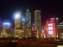 Nattpanorama av Hong Kong royaltyfria bilder