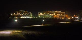 Nattpanorama av sanatoriet Harbach Arkivbilder