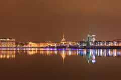 nattpetersburg st Arkivbild