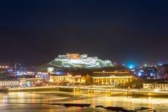 Nattplats av den lhasa staden Fotografering för Bildbyråer