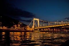 Nattplats i Budapest, Ungern Royaltyfria Bilder