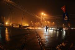 Nattplats i staden arkivfoto