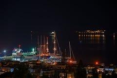 Nattplatsen av den Naxos porten i Grekland Royaltyfria Foton