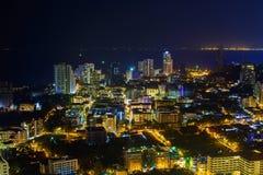 Nattplatserna i den Pattaya staden Royaltyfri Foto
