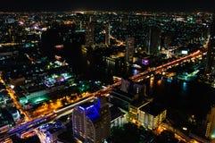 Nattsikt över den Bangkok staden, Thailand Fotografering för Bildbyråer