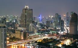 Nattsikt av Bangkok Arkivfoto