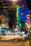 Nattsikt av den Bui Vien gatan, Ho Chi Minh City, Vietnam Arkivfoto