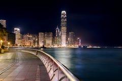 Nattsikt av den centrala plazaen, Hong Kong Central Business District Arkivfoto