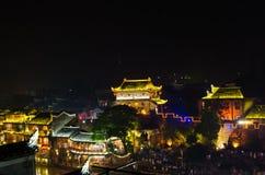 Nattsikt av den forntida staden för fenghuang Arkivfoton