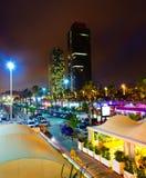 Nattsikt av den nya sjösidan av Barcelona - mitt av uteliv Fotografering för Bildbyråer