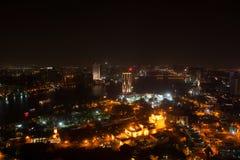 Nattsikt av Kairo från Kairotorn Fotografering för Bildbyråer