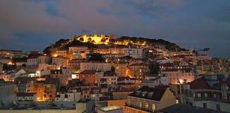 Nattsikt av Lissabon Portugal Arkivfoton