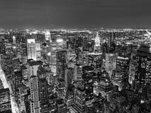 Nattsikt av New York City Arkivfoto