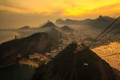 Nattsikt av Rio de Janeiro Fotografering för Bildbyråer