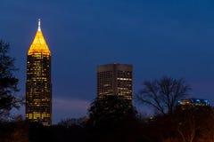 Nattsikt av skyskrapor av Atlanta, USA Fotografering för Bildbyråer